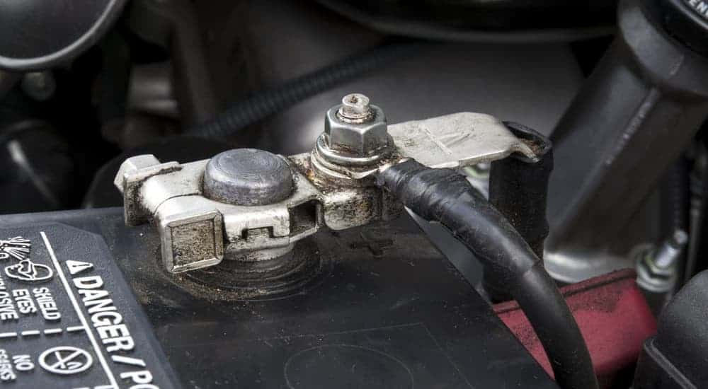 A connection for the car battery is shown.